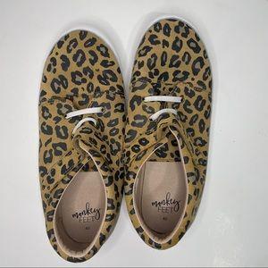 NWOT Monkey Feet Mommy leopard slip on sneakers 40